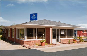 Americas Best Value Inn & Suites (Macon, MO)